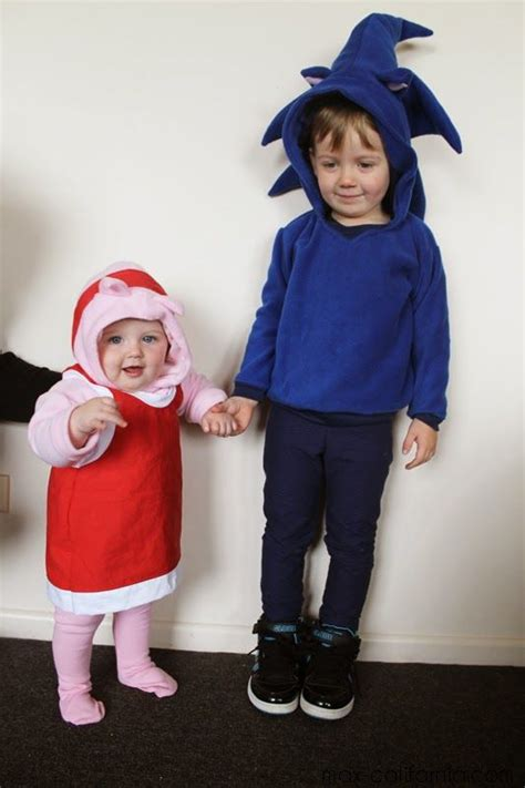 Sew Geeky Episode 1: 8 Bit Babies   Diy costumes kids ...