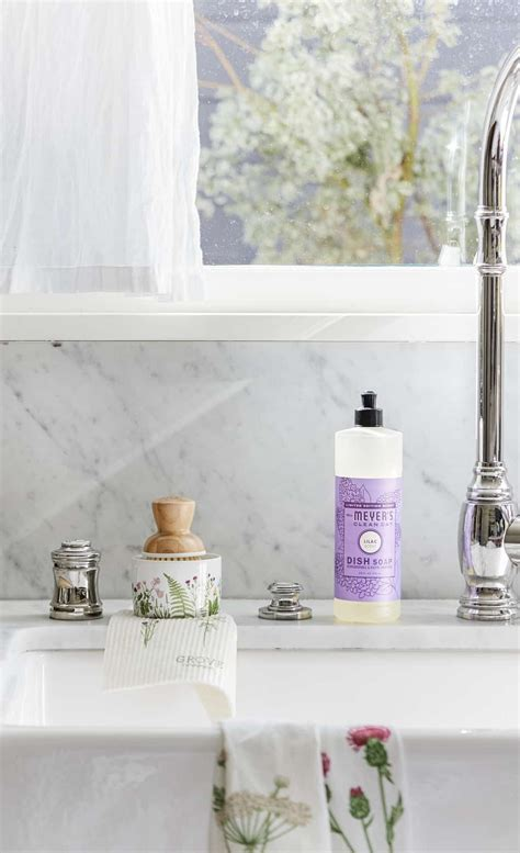 refresh  home   meyers spring scents diy