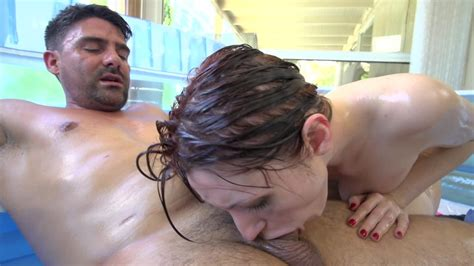Nice Sex In Small Inflatable Pool By Super Hot Couple