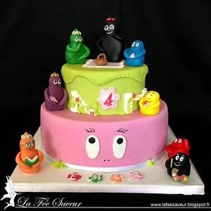 beau decoration gateau anniversaire fille 9 gateau pate With salle de bain design avec décoration gateau anniversaire pate a sucre