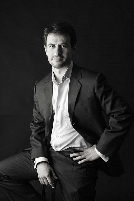14854 business photography poses best 25 business portrait ideas on corporate