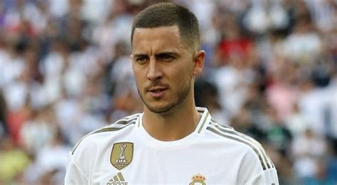 Hazard will be fit to face Villarreal - Courtois