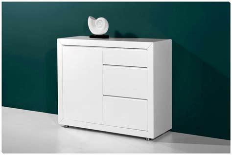 comment nettoyer une cuisine laqu馥 free amazing petit meuble blanc laque petit meuble blanc laqu with comment nettoyer un meuble laqu