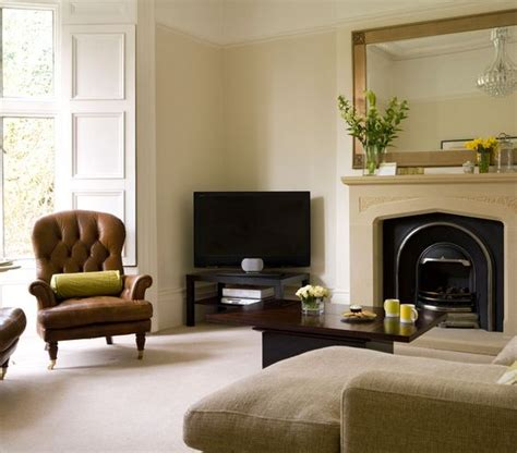Living Room Setup With Corner Tv by 1000 Ideas About Tv In Corner On Slate