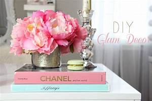DIY - Glamorous Decorations For A Girly Office, Makeup