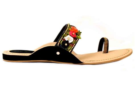 eid flat shoes  girls  pakistan  fashioneven