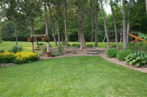 Low Maintenance Landscaping  Tips For A Low Maintenance