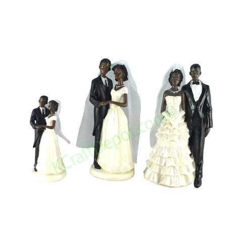 black polyresin figurine african couple wedding cake