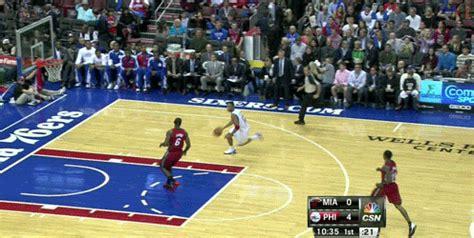 Evan Turner Dunks on LeBron James as 76ers Dominate Heat ...