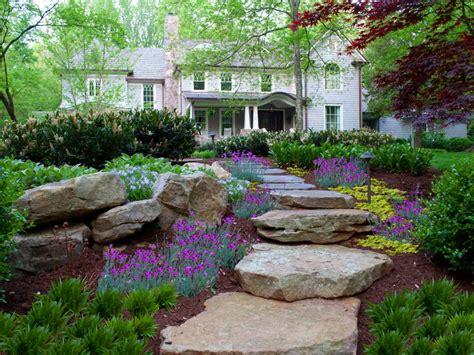 chic pathway ideas for backyard 10 diy garden path ideas