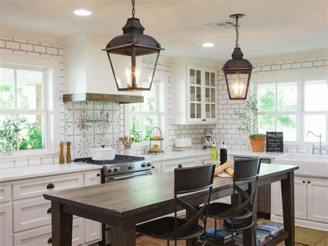 joanna gaines kitchen table ideas 17 best ideas about joanna gaines farmhouse on