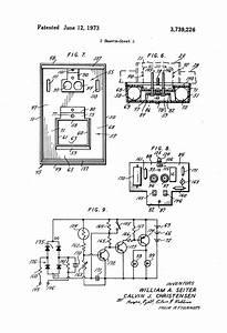 Patent Us3739226