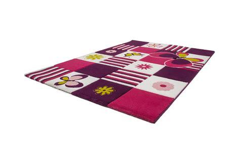 davaus tapis pour chambre bebe fille avec des