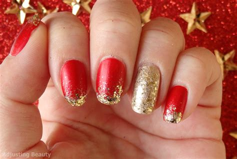 Classic Red And Gold Christmas Manicure