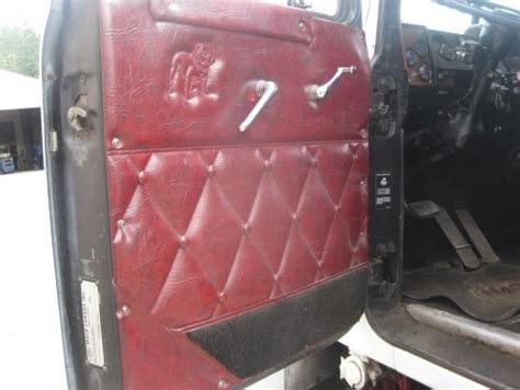 model cab  sleeper  red quilted interior parts