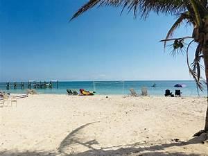 TA Beach credit cards accepted Pool, Marina... - VRBO