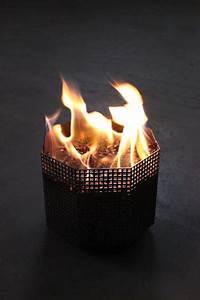 Panier À Pellets Pour Cheminées Et Foyers : panier a pellets la source de chaleur venue de scandinavie ~ Melissatoandfro.com Idées de Décoration