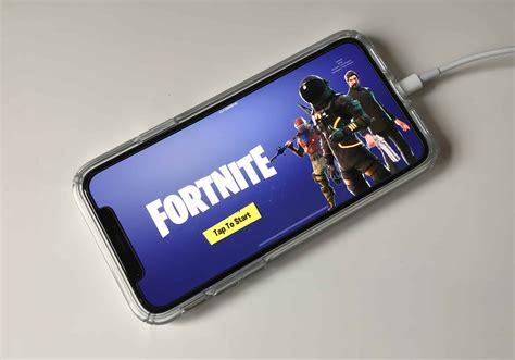 play fortnite  pubg  mobile