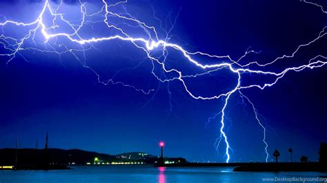 dramatic lightning hd live wallpapers free