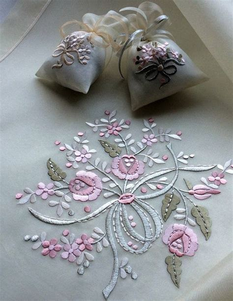 embroidery machine designs 25 best ideas about machine embroidery designs on