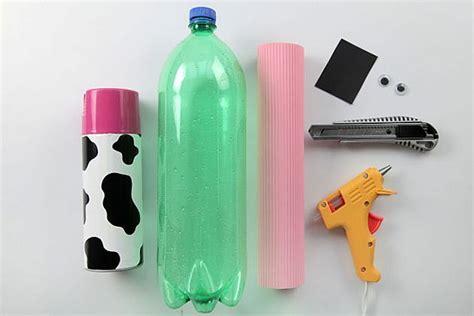 como hacer una alcancia de botella plastica reciclando ecomas