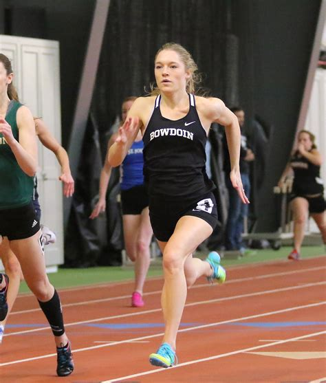 Women's track team enters weekend with confidence - The ...