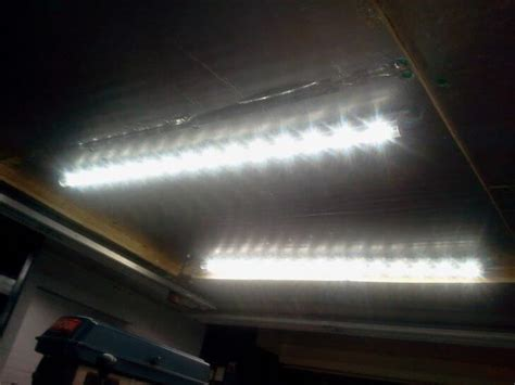 The 4 Best Fluorescent Lights For Garages  Reviews 2018