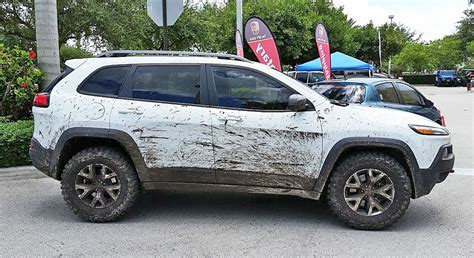 jeep grand cherokee trailhawk lifted lift kit for 2014 cherokee trailhawk autos post