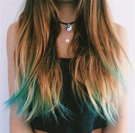 Cheveux Blond Pointe Bleu Turquoise Blue Hair