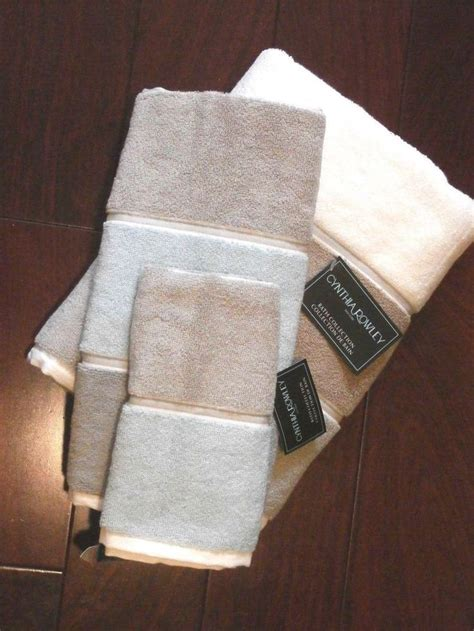 Cynthia Rowley Towel Set Bath, Hand, Finger 100% Terry Cotton Multi Color 3 Pc