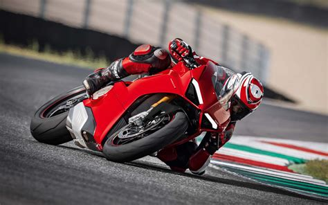 Ducati Panigale 4k Wallpapers by Wallpapers Ducati Panigale V4 S 4k Raceway
