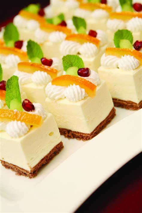 Zila Cake Mould - 25-square - Zila Cake Mould