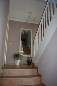 Farbgestaltung Flur Diele : farbgestaltung flur treppenaufgang ~ Orissabook.com Haus und Dekorationen