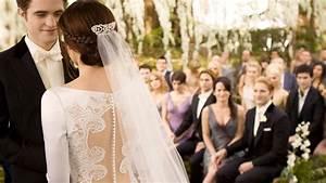 bella swan39s twilight wedding dress is up for auction With bella twilight wedding dress