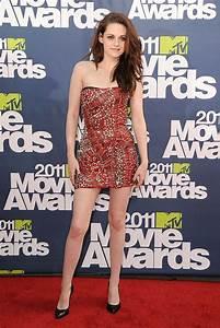 Kristen Stewart's Red Carpet Style Transformation ...