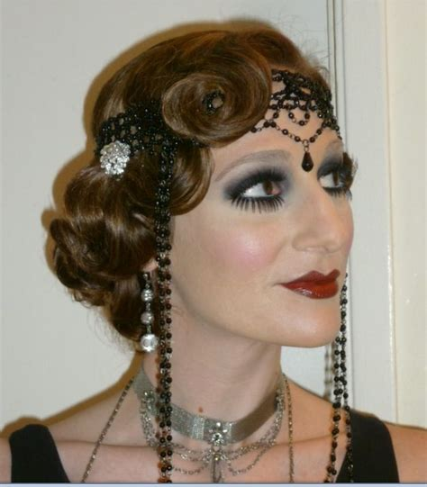 1920 Hairstyles And Makeup by 1920 S Hair And Make Up The Hair Are A Bit More