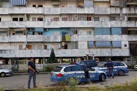 Questura Di Roma Ufficio Passaporti by Polizia Di Stato Questure Sul Web Napoli
