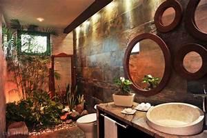15 tropical bathroom designs enhancing summer with for Tropical bathroom mirrors