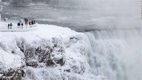 Winter Storm Threatens East Coast, Bringing Temps Colder
