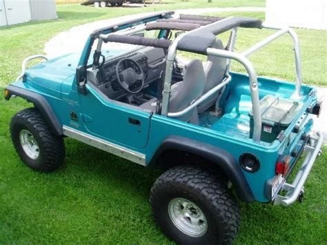 turquoise jeep car always wanted a jeep this color turquoise jeep wrangler