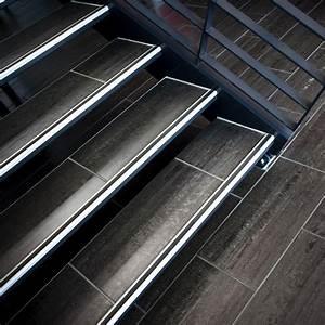 Avec Quoi Recouvrir Un Escalier En Carrelage : choisir un carrelage d 39 escalier marie claire ~ Melissatoandfro.com Idées de Décoration