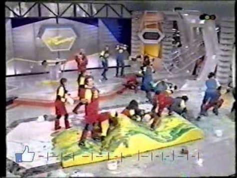 Entre 1991 y 1993 salió al aire de lunes a viernes de 18 a 19hs. JUGATE CONMIGO 1993 Cortitos - YouTube