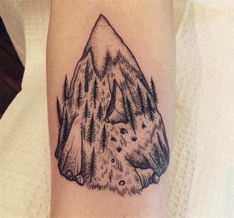 Interessante Ideen by 10 Interessante Berg Tattoos Ideen Und Designs 2017
