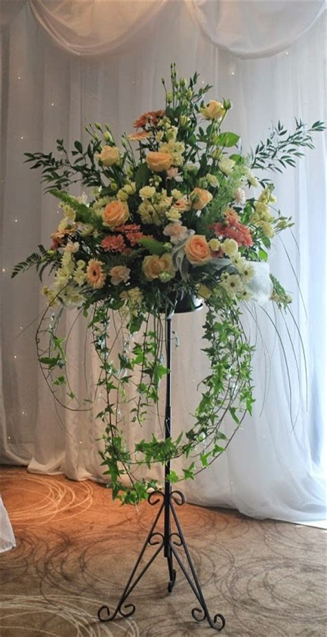 wedding reception flowers  moonstones florists fareham