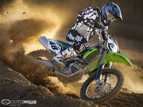 how to jump a motocross bike dirt bike jump games