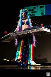 Arcade Sona cosplay at Comicdom by Darkenya on DeviantArt