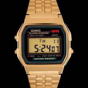 Montre Vintage Casio : a159wgea 1ef montre casio vintage dor e et cadran noir collector boutique vintage ~ Maxctalentgroup.com Avis de Voitures