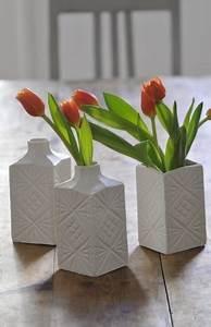 Kleine Weiße Vasen : journelles maison mini und midi vasen von jonathan adler ~ Michelbontemps.com Haus und Dekorationen