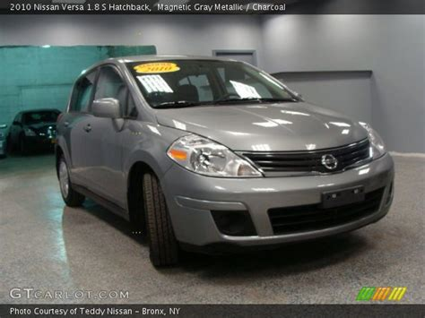 grey nissan versa hatchback magnetic gray metallic 2010 nissan versa 1 8 s hatchback