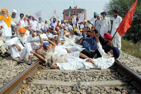 25 Trains Cancelled, 1,500 Held As Farmers' Stir Derails Punjab Ktm Serdang Time Schedule About Kdrama In Viu Timing Of Jan Shatabdi Express From Patna To Howrah Java Type Jln Marg India Vs Australia And Komuter Batu Caves Japanese